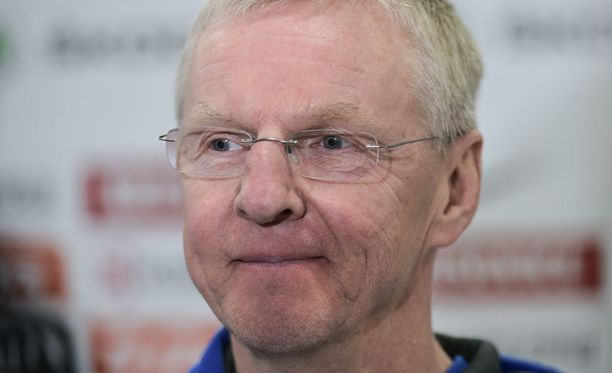 Kari Jalonen esiintyi tunteikkaana, kun aika Leijonien peräsimessä tuli päätökseen.