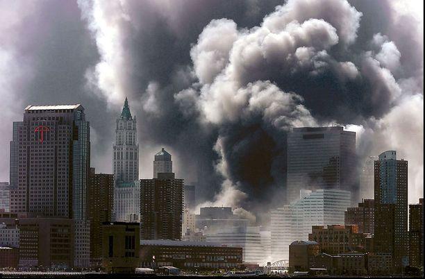 Tiesikö presidentti terrori-sikuista etukäteen?
