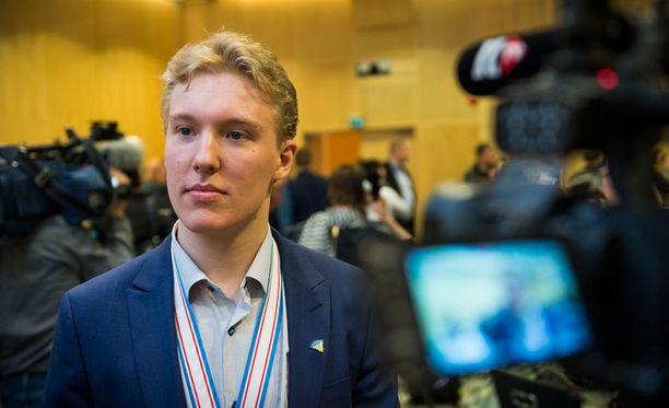 Aapeli Räsänen pelaa ensi kaudella USHL:ssä.