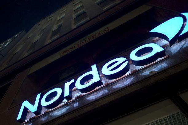 Aiemmin LO:n jäsenenä oleva kuljetusalan ammattiliitto vaihtoi Nordeasta Swedbankiin.