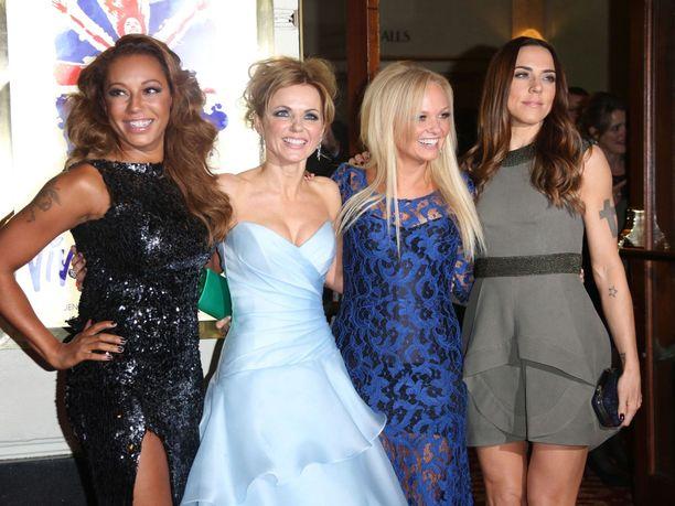 Spice Girls tekee ensi kesänä stadionkiertueen Britanniassa, mutta ilman Victoria Beckhamia. Kuvassa Mel B, Geri Horner, Emma Bunton ja Mel C.