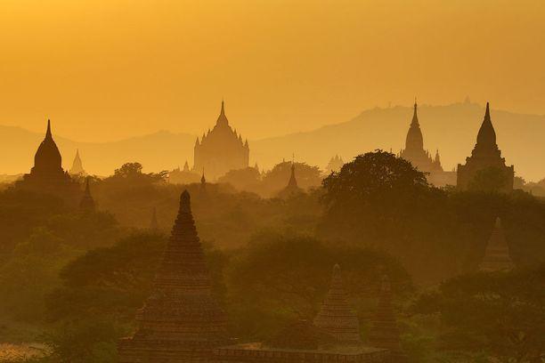 Myanmarin temppelit ovat tainomainen näky.
