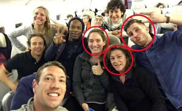 Camille Muffat (vasemmalla ympyröity), Florence Arthaud (keskellä), ja Alexis Vastine (oikealla ympyröity) menehtyivät traagisessa lentoturmassa.