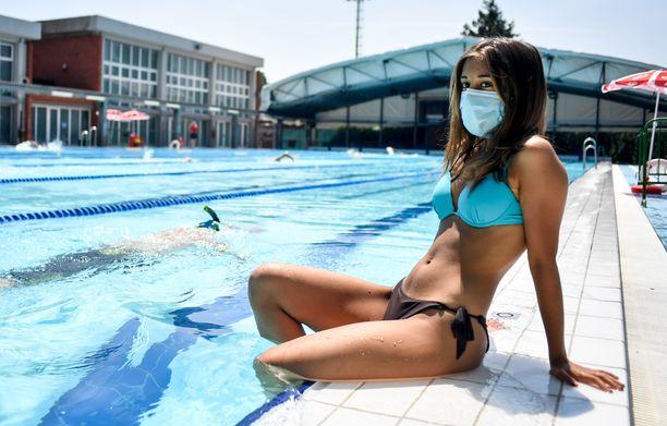 Milanossa avattiin maanantaina uimalaitokset.