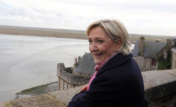 EU-parlamentti äänestää Marine Le Penin koskemattomuudesta torstaina.