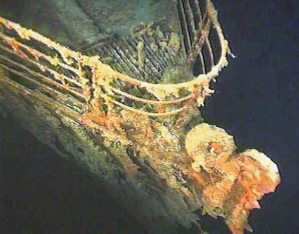 Titanic upposi Pohjois-Atlantilla vuonna 1912. Hylky löydettiin vuonna 1985 ja se makaa lähes neljän kilometrin syvyydessä.