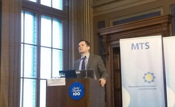 Ulkopoliittisen instituutin ohjelmajohtaja Mika Aaltola totesi, että kansainvälinen turvallisuus on muuttumaan päin.
