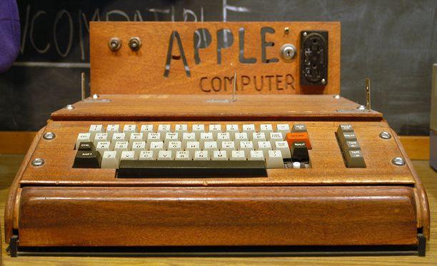 Toimivat Apple 1 -tietokoneet käyvät maailmassa vähiin.