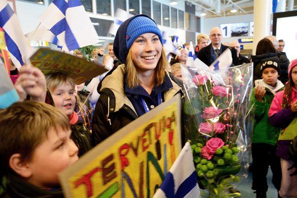 Enni Rukajärvi sai komean vastaanoton Kuusamossa.