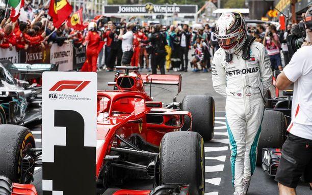 Lewis Hamilton oli Belgian GP:n jälkeen erittäin kiinnostunut SF71H-autosta, jolla Sebastian Vettel jätti hänet täysin varjoonsa.