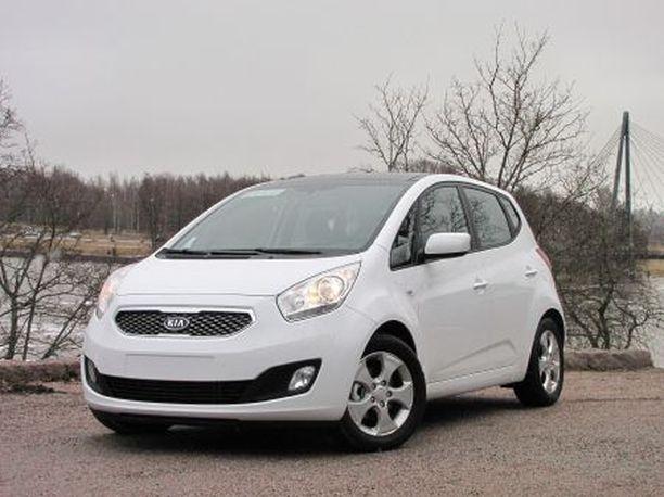 UUSI HAASTAJA Kia Venga tarjoaa tila-automaista väljyyttä pienehköjen autojen kokoluokassa.