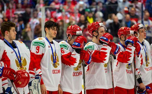 Jalkapalloilijan onnittelu Venäjän MM-kullasta hämmensi somessa – taustalla hauska syy