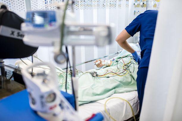 Valehoitaja ehti työskennellä Lempäälän terveyspalveluissa noin viisi vuotta ennen kuin tuli ilmi, että hänellä ei ole ammattipätevyyttä. Kuvituskuva.