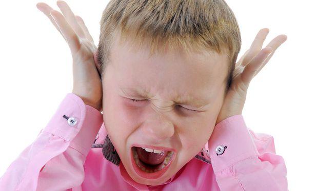 Jäähypenkkiä tulisi lastenpsykiatrin mukaan kutsua voimapenkiksi - eikä lasta saisi jättää sinne yksin.