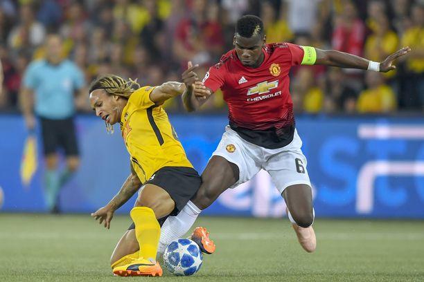 Paul Pogba kantoi Manchester Unitedin kapteenin nauhaa viime viikolla pelatussa Mestarien liigan ottelussa.