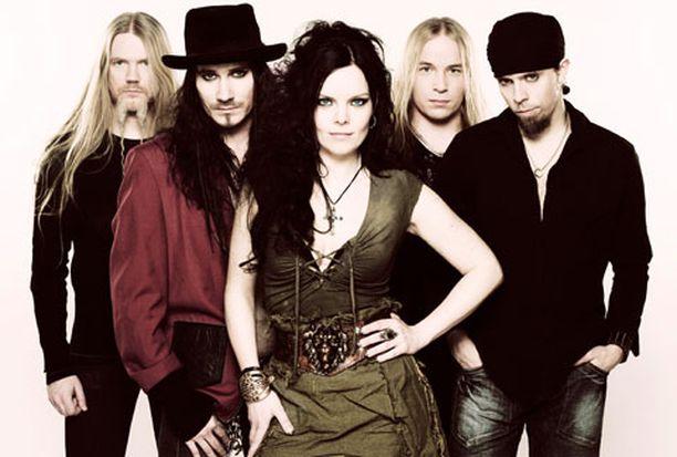 Tältä näyttää uusi Nightwish. Yhtye julkisti uuden solistinsa tänään.