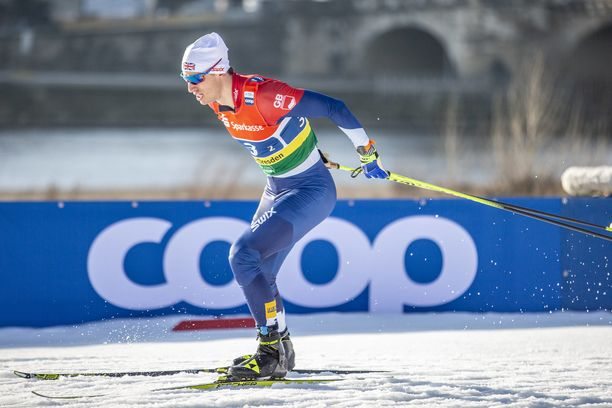 Andrew Young loukkaantui Falunin maailmancupissa.