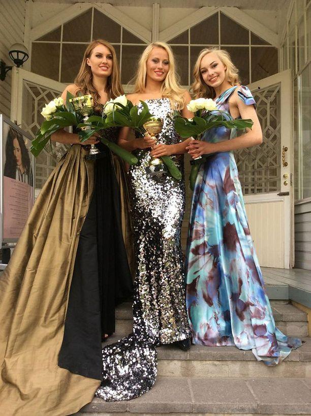 Voiton nappasi 19-vuotias Hilla Kortetjärvi. Toiseksi tuli Monica Landén (vas.) ja kolmanneksi Venla Wallenius.
