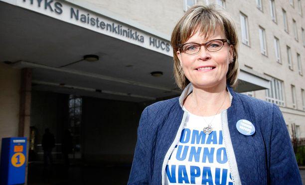 Sari Tanus pyrkii kristillisdemokraattien uudeksi puheenjohtajaksi Päivi Räsäsen jälkeen.