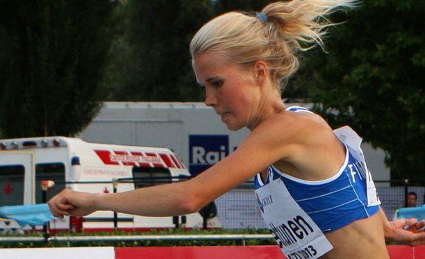 Oona Kettunen nappasi EM-kultaa 3000 metrin estejuoksusta.