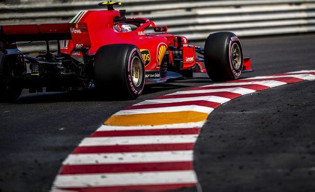 Kimi Räikkönen puolustaa Monacossa viime vuoden paalupaikkaansa.