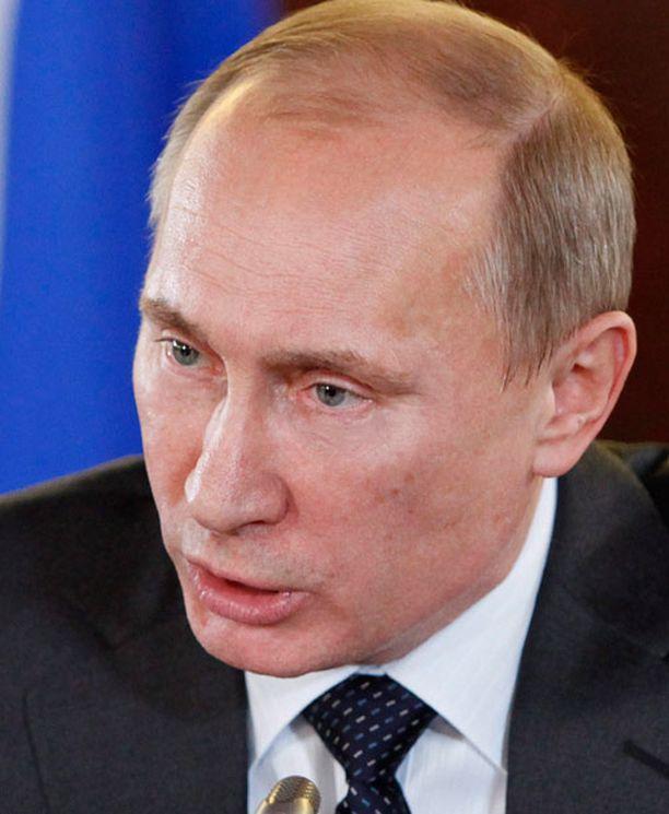 Dominic Sandbrook spekuloi, että Euroopan vajotessa kriisiin, Vladimir Putin näkisi Venäjän tilaisuuden tulleen.