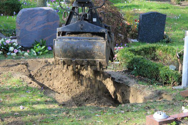 Työtaistelutoimet voivat näkyä muun muassa haudankaivuussa.