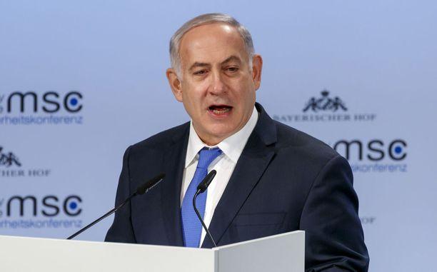 Israelin pääministeri Benjamin Netanyahu kovisteli Münchenin turvallisuuskonferenssissa Irania.