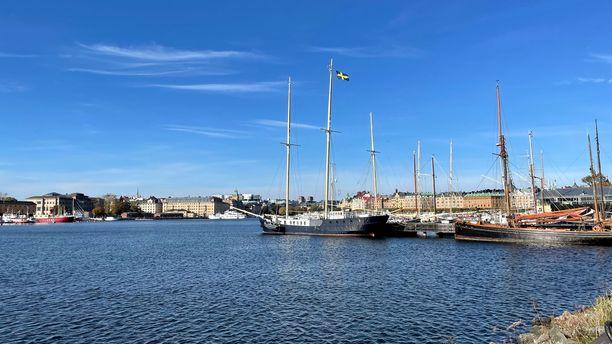 Päivä Tukholmassa -risteilyllä ehtii Helsingistä tultaessa viettämään maissa noin kuusi tuntia, Turusta matkatessa aikaa on koko päivä.