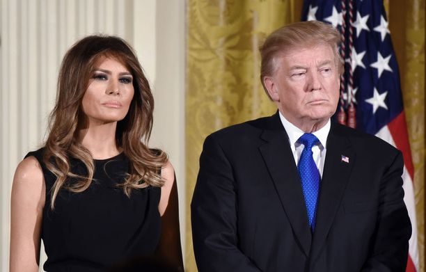 Donald Trump ja Melania Trump ovat olleet naimisissa 12 vuotta. Heillä on yksi lapsi, 11-vuotias poika Barron.
