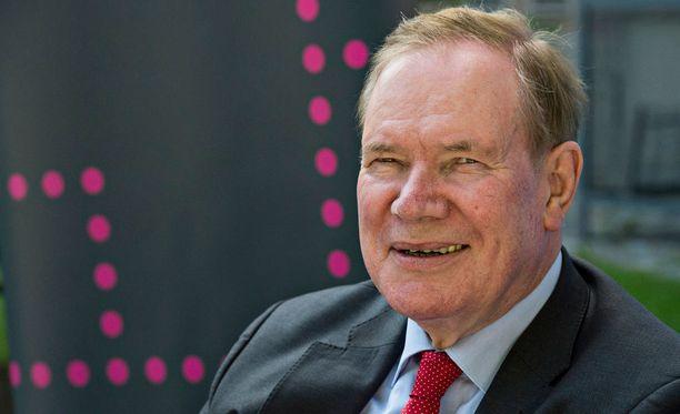 Paavo Lipponen jäi eläkkeelle eduskunnasta vuonna 2007.