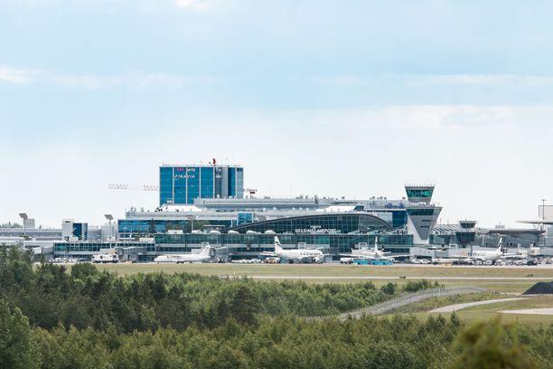 Helsinki-Vantaan lentoasema. Kuvituskuva.