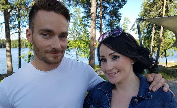 Pyry Hautamäki ja Nina Åkerman kisaavat Tangomarkkinoiden kruunusta.