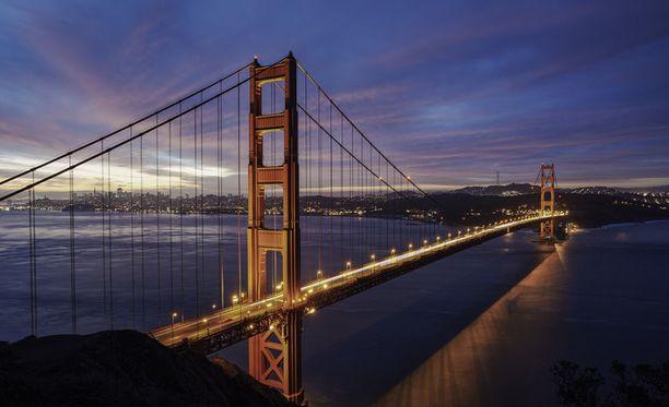 San Franciscoon pääsisi reilulla kolmellasadalla.
