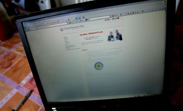 Joitakin vuosia sitten eläkevakuutus- ja verkostomarkkinointisivustolla huijattiin jopa kymmeniätuhansia ihmisiä.