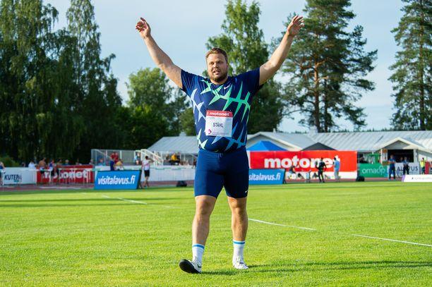 Maailmanmestari Daniel Ståhl hallitsi Kuortaneen kiekkokisaa.