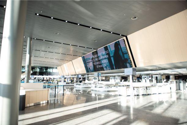 Kymmenen uutta turvatarkastuslinjaa palvelee jopa 2000 matkustajaa tunnissa.