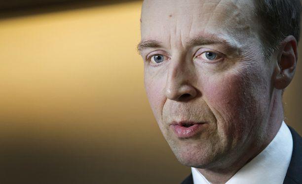 Jussi Halla-ahon johtama perussuomalaiset on nostanut osakkeitaan.