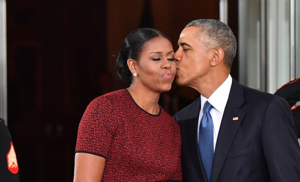 Nähdäänkö Obamat yhteisessä keskusteluohjelmassa?