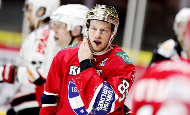 Erik Thorell joutuu huilaamaan Kärpät-avauksen.