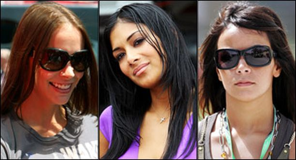 Kuvassa varikon kuumimmat puolisot: Kimi Räikkösen vaimo Jenni Dahlman, Lewis Hamiltonin tyttöystävä Nicole Scherzinger ja Fernando Alonson vaimo Raquel del Rosario.