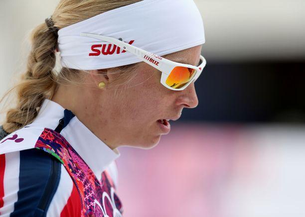 Astrid Uhrenholdt Jacobsen sai kuulla veljensä itsemurhasta Sotshin olympialaisten avajaisseremoniassa.