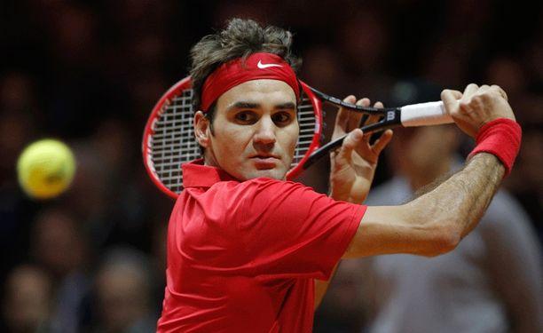Roger Federer pääsee nauttimaan upeasta järvimaisemasta.