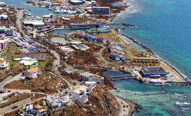 Hurrikaanituhoja Brittiläisillä Neitsytsaarilla. Myrksy runteli saaristoa pahoin.