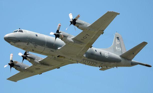 Kanadan armeijan CP-140 Aurora-valvontakone tutki alueen, mutta se ei havainnut ääniä.
