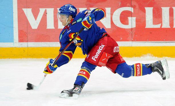 Nykyään Detroit Red Wingseissä pelaava Pulkkinen sai neljän ottelun pelikiellon.