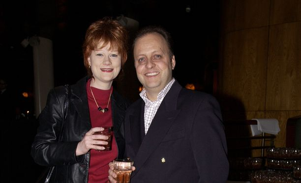 Lilli Earl miehensä Paulin kanssa.