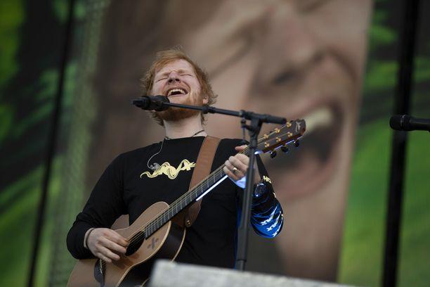 Ed Sheeran esiintyy Suomen suurimmassa konserttitapahtumassa tiistaina ja keskiviikkona.