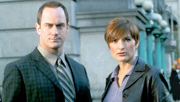 Etsivät Elliot Stabler (Christopher Meloni) ja Olivia Benson (Mariska Hargitay) jahtaavat erikoista sarjamurhaajaa.