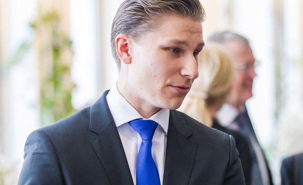 Antti Häkkänen, 32, on kokoomuksen varapuheenjohtaja ja ensimmäisen kauden kansanedustaja.